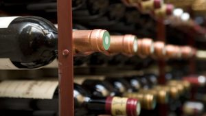 tips to design and furnish your wine cellar