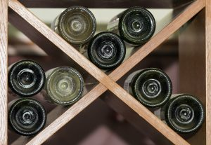 tips to choose the perfect wine cellar rack